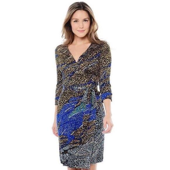 a670950272b07 Diane von Furstenberg Dresses & Skirts - DVF l Black Pattern Wrap Dress  Julian Two SZ